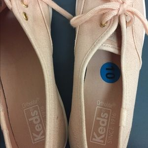 Keds Shoes - Ladies Salmon/Gold Sneaker BNWT!!!